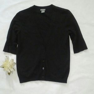 Gorgeous short sleeves size small.